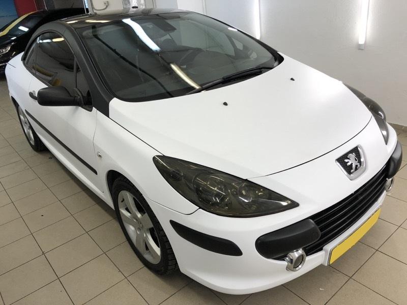 Оклейка автомобилей Peugeot виниловой пленкой